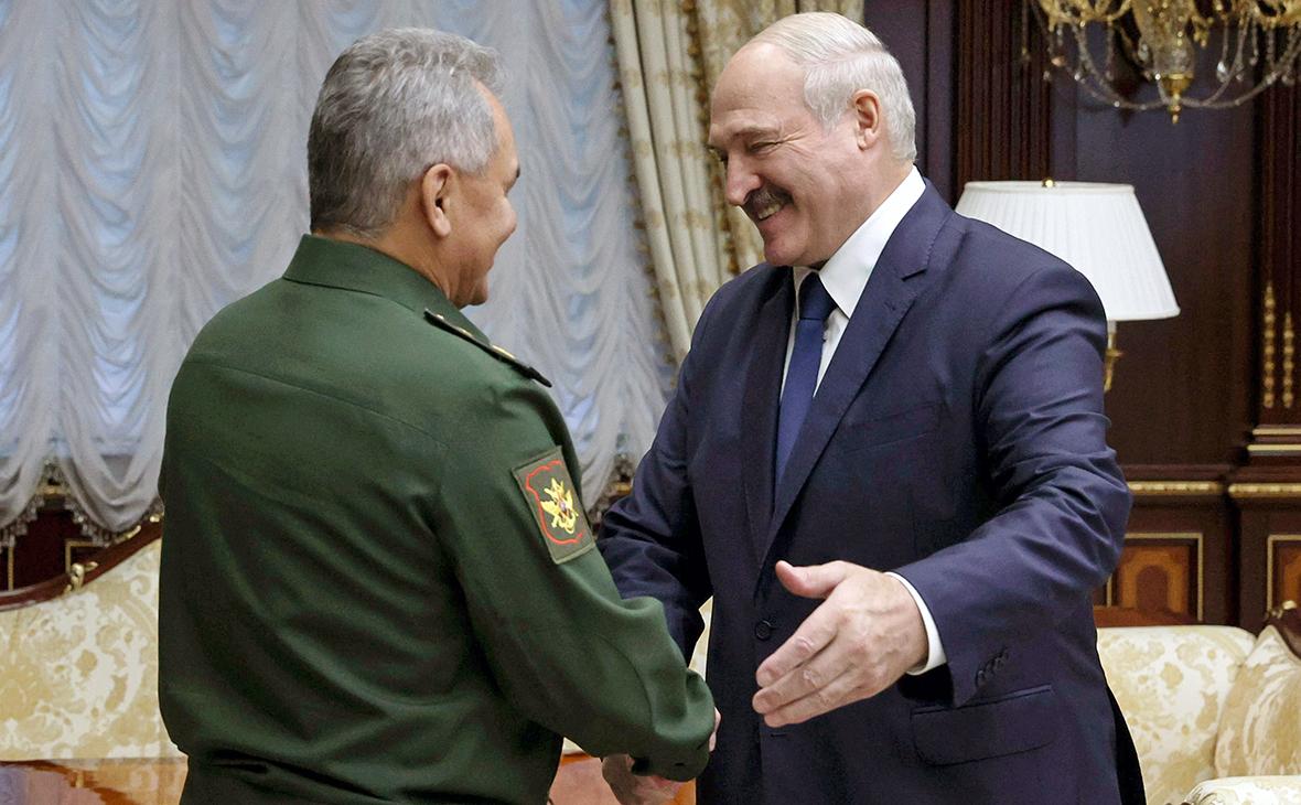 Сергей Шойгу и Александр Лукашенко