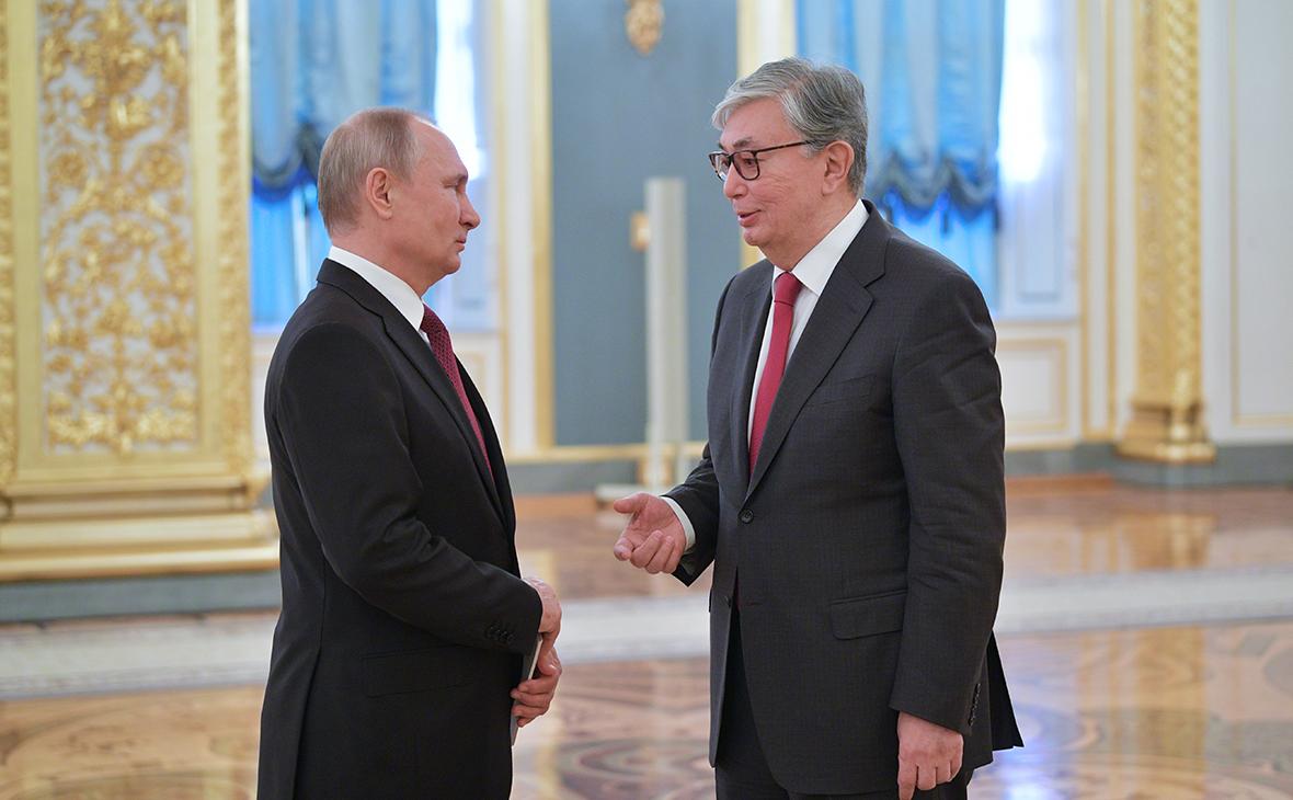 В Казахстане президенты РФ, Белоруссии и Киргизии получили ордена Назарбаева