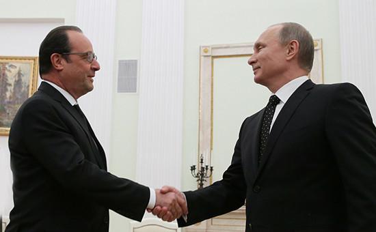Президент Франции Франсуа Олланд ипрезидент России Владимир Путин вовремя встречи вКремле