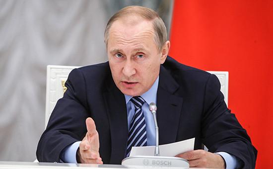 Президент РФ Владимир Путин на первом заседании Совета по стратегическому развитию и приоритетным проектам, которое прошло в Кремле