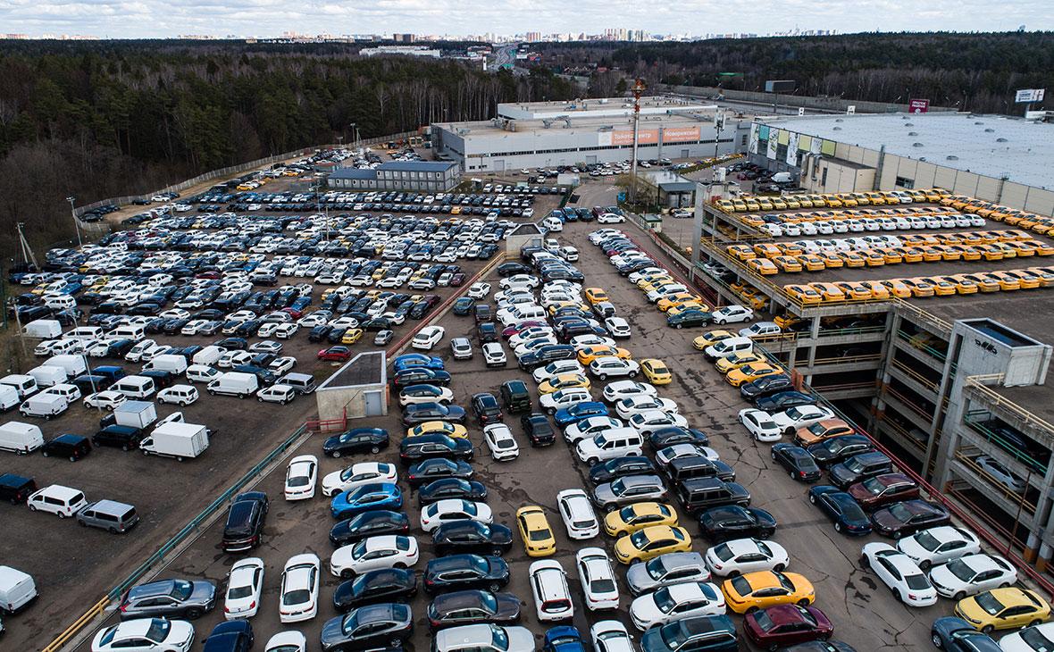 Автомобили в дилерском центре «Major City Новая Рига»