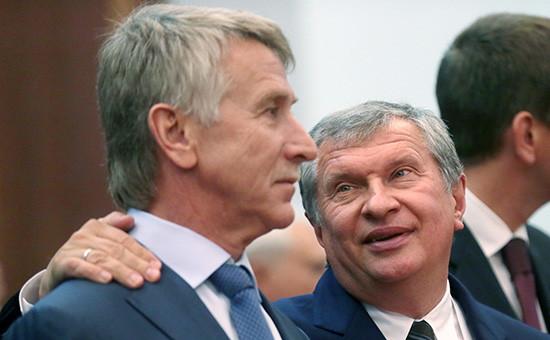 Совладелец НОВАТЭКа Леонид Михельсон иглава «Роснефти» Игорь Сечин (слева направо)