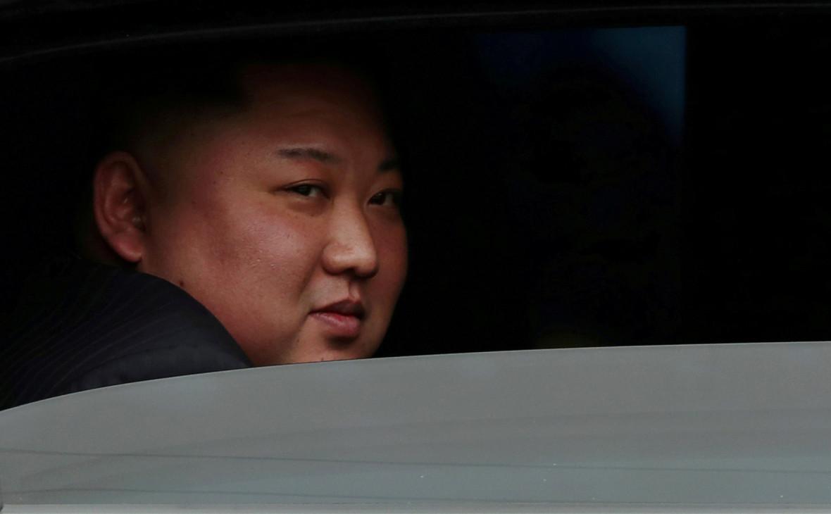СМИ сообщили о первом за 20 дней появлении Ким Чен Ына на публике
