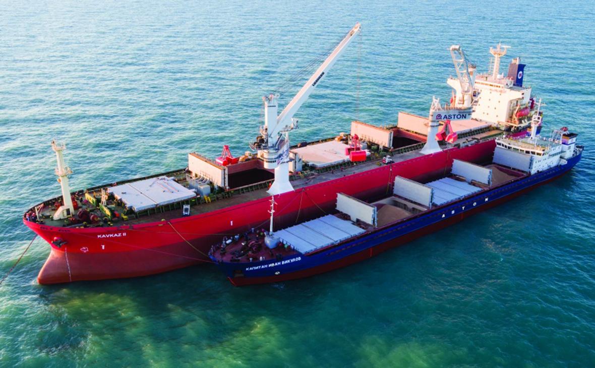 Минприроды предложило запретить перевалку нефти с судна на судно