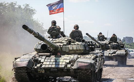 Вооруженные силы ЛНР и ДНР во время отводав одностороннем порядкевооружений калибром менее 100 мм
