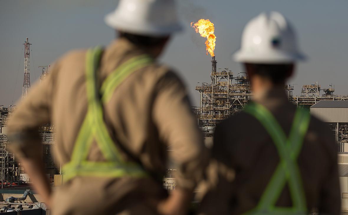 Перемирие с Москвой: почему Лукашенко не нашел замену российской нефти