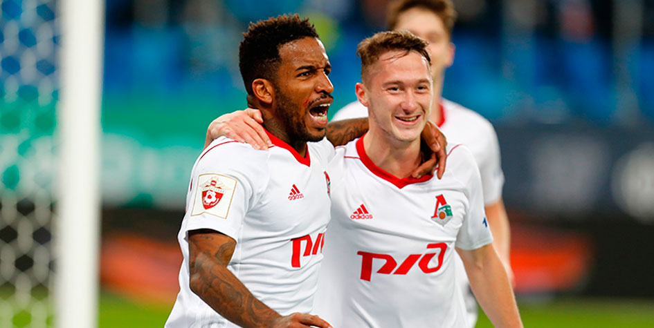 «Локомотив» разгромил «Зенит» в матче за первое место чемпионата России