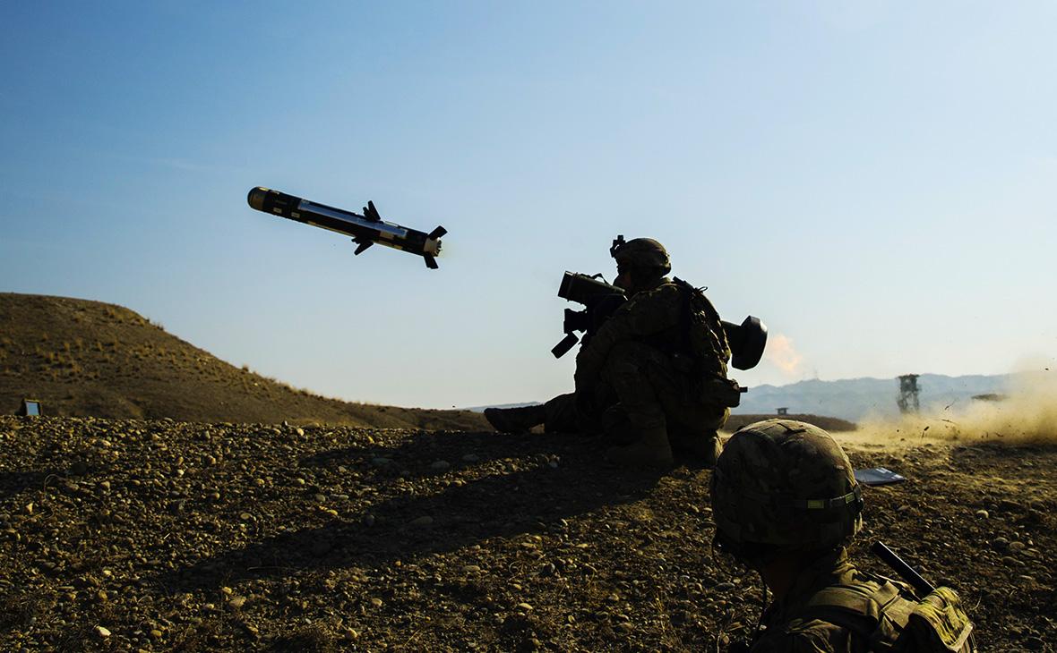 Военный США тестируетпротивотанковый комплекс Javelin