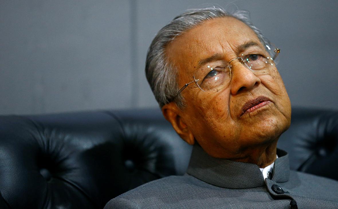 Премьер Малайзии назвал обвинения по делу MH17 заговором против России