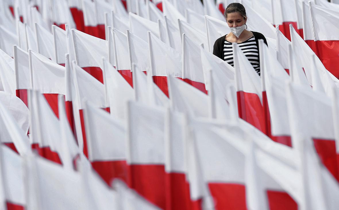 Песков обозначил отношения России и Польши словами «на низшем уровне»