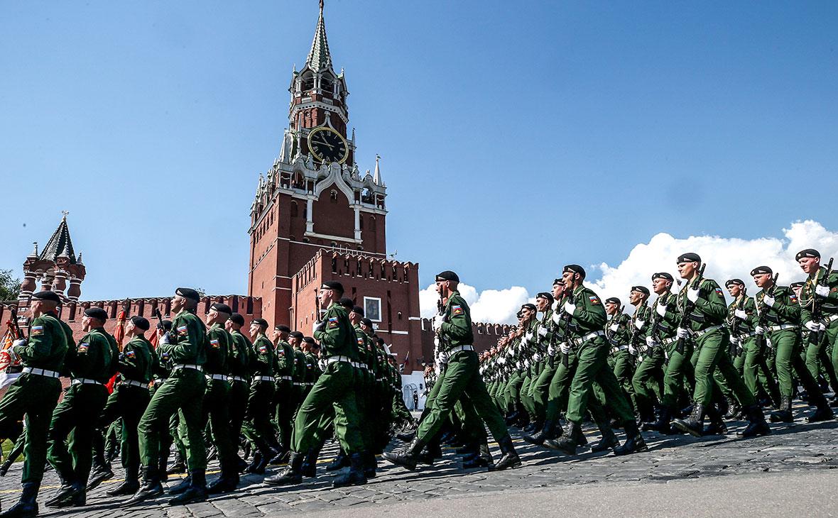 Кремль заявил об отказе Путина реагировать на стрельбу в воинской части