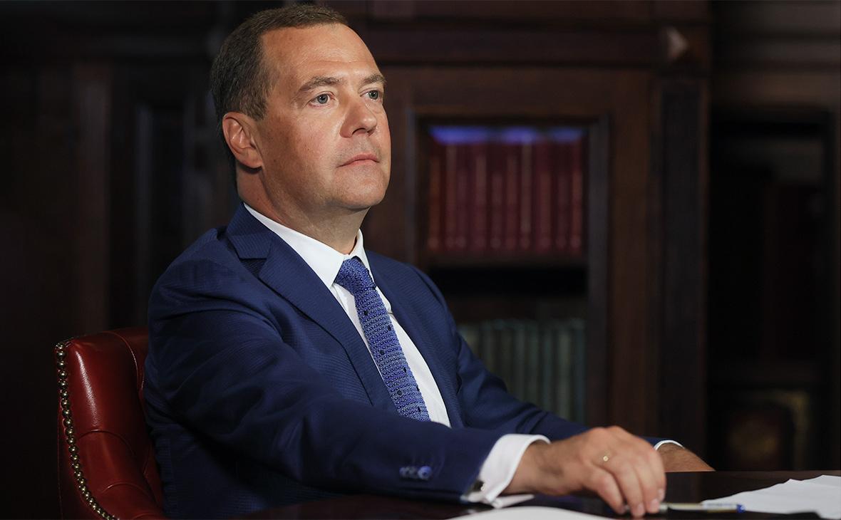 Медведев назвал «объявлением войны России» конфликт в Абхазии и Осетии