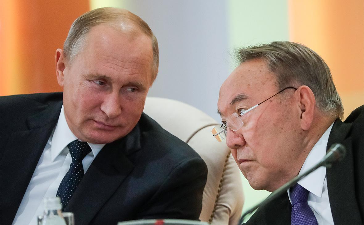 Владимир Путин и Нурсултан Назарбаев (слева направо)