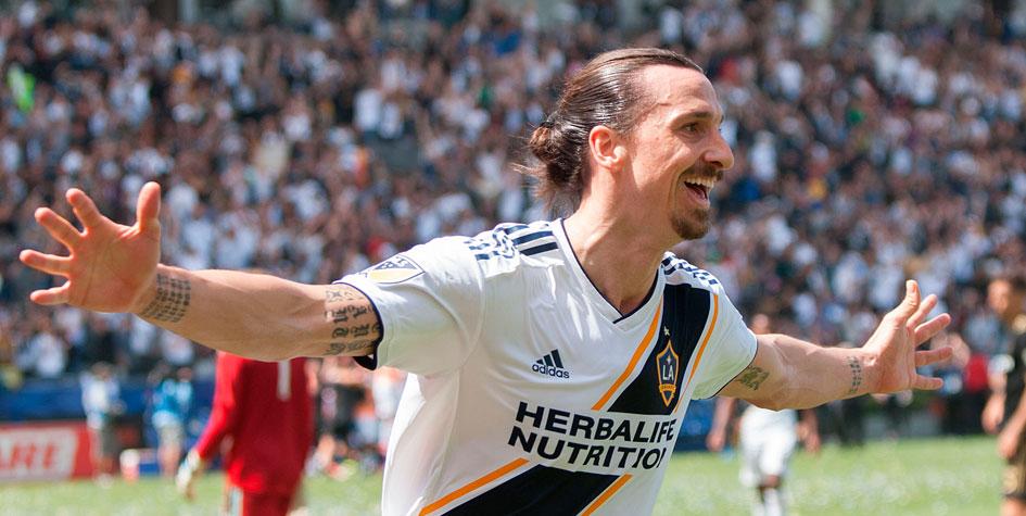 Ибрагимович сделал дубль в первом матче в MLS
