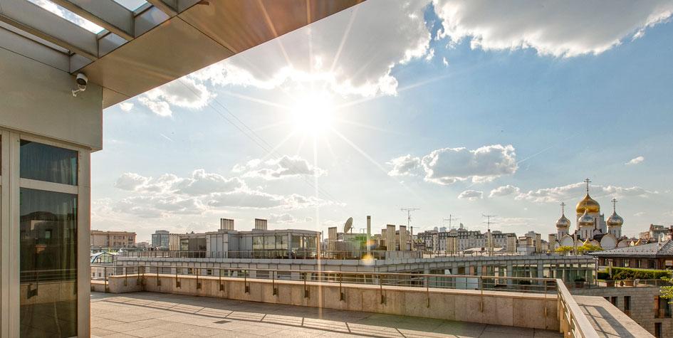 Вид из пентхауса на центр Москвы