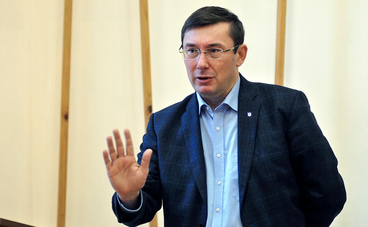 Луценко счел приемлемой контрабанду из России запчастей для бронетехники