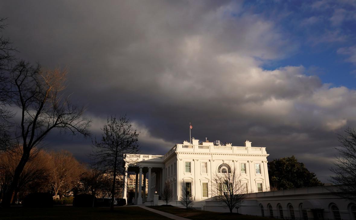 Белый дом в день временного прекращения шатдауна