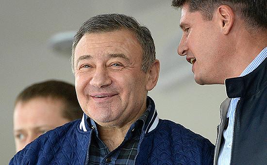 Аркадий Ротенберг (слева)