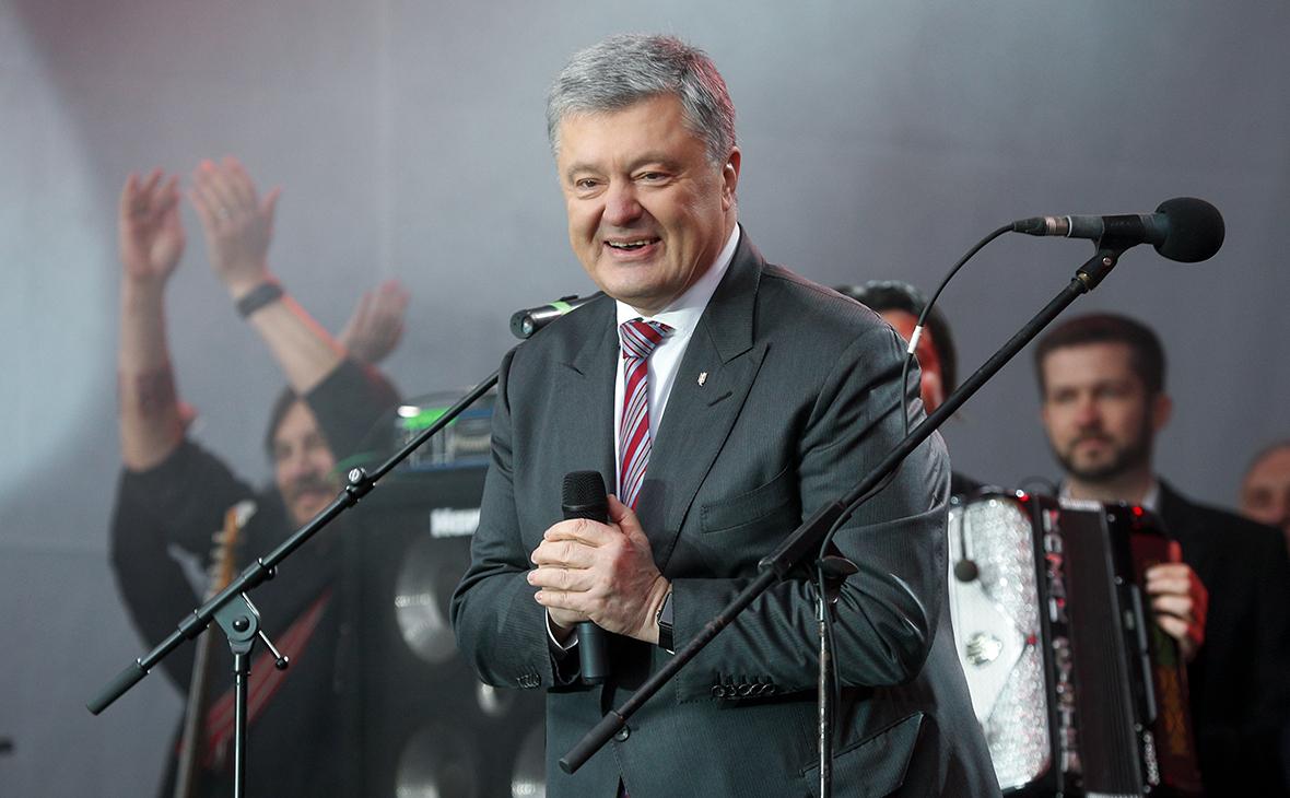 Порошенко предложил Зеленскому провести дебаты дважды за день
