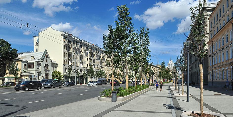 Садовая-Кудринская улица после благоустройства в 2017 году