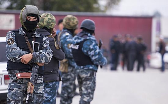 Сотрудники правоохранительных органов Киргизии, 2015 год