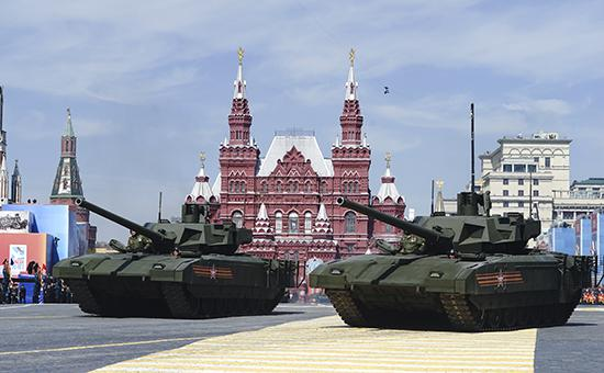 Танк Т-14 «Армата» во время парада Победы на Красной Площади 9 мая 2015 года