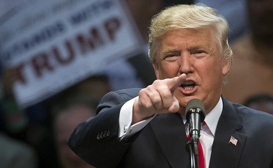 Республиканец Дональд Трамп вовремя выступления