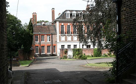 Самый большой после Букингемского дворца частный дом Великобритании Уитанхерст