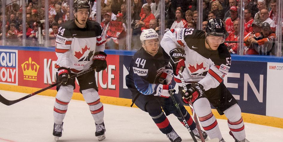 Сборная Канады по хоккею стартовала с поражения на чемпионате мира