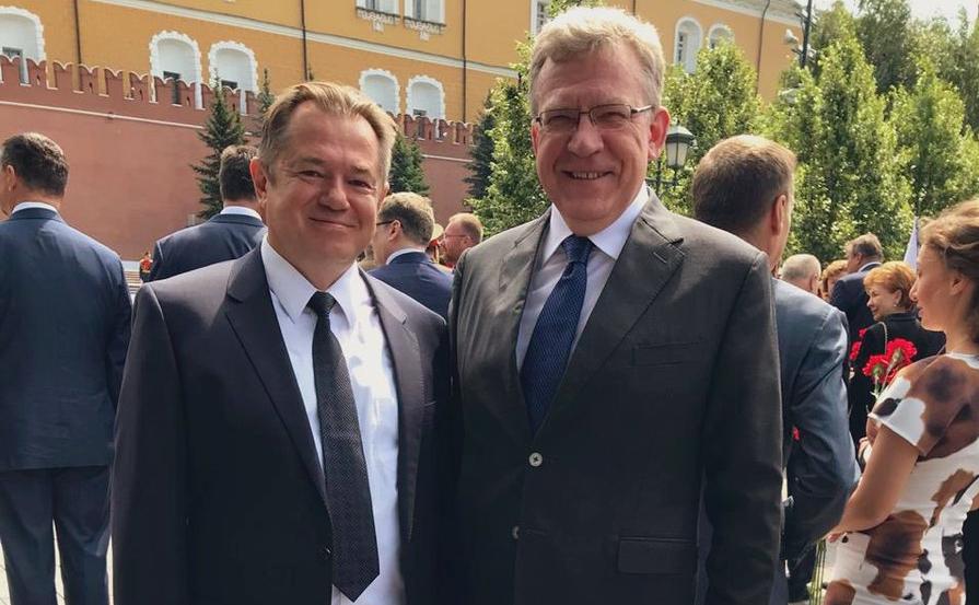 Сергей Глазьев (слева) и Алексей Кудрин(справа)