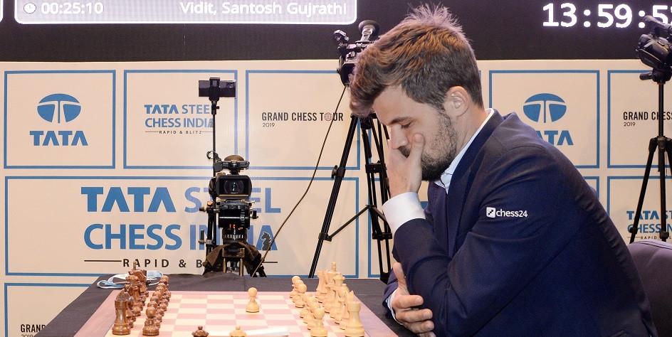 Действующий чемпион мира по классическим шахматам, рапиду и блицу Магнус Карлсен