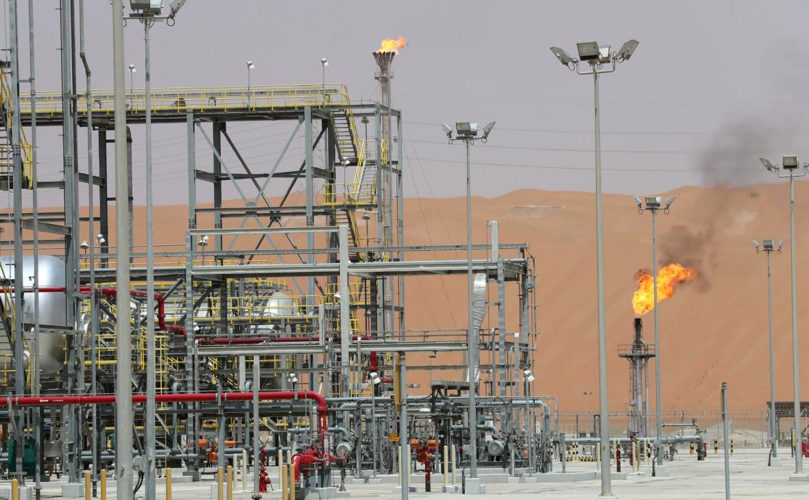 Власти назвали атаку дронов причиной пожара на заводе Saudi Aramco