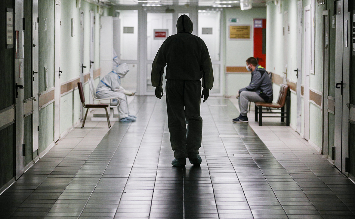 В России впервые за пять дней умерли менее 100 человек с COVID-19