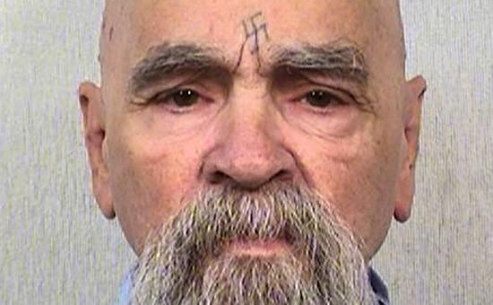 Серийный убийца Чарльз Мэнсон. Октябрь 2014 года