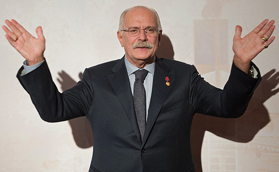 Изначально с идеей «налога на интернет» выступил Российский союз правообладателей (РСП) во главе с Никитой Михалковым