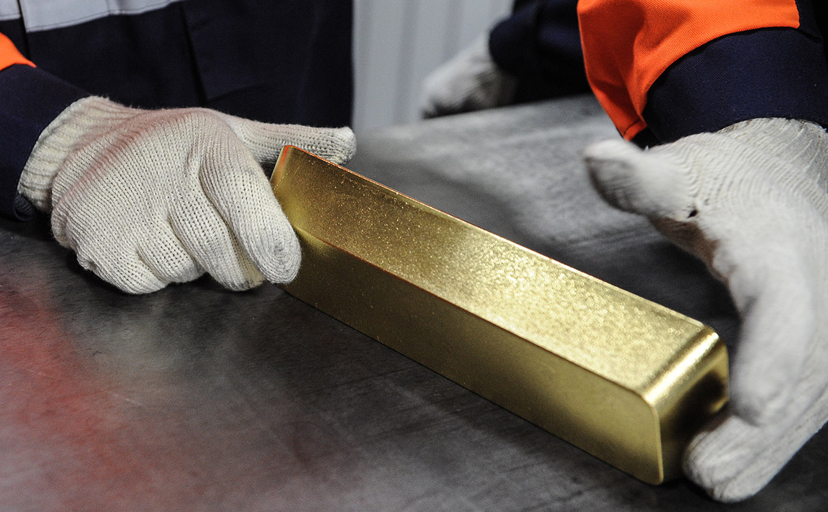 Cảnh sát và an ninh Nga bắt nhóm trộm vàng từ Yakutia giá trị 100 triệu rúp