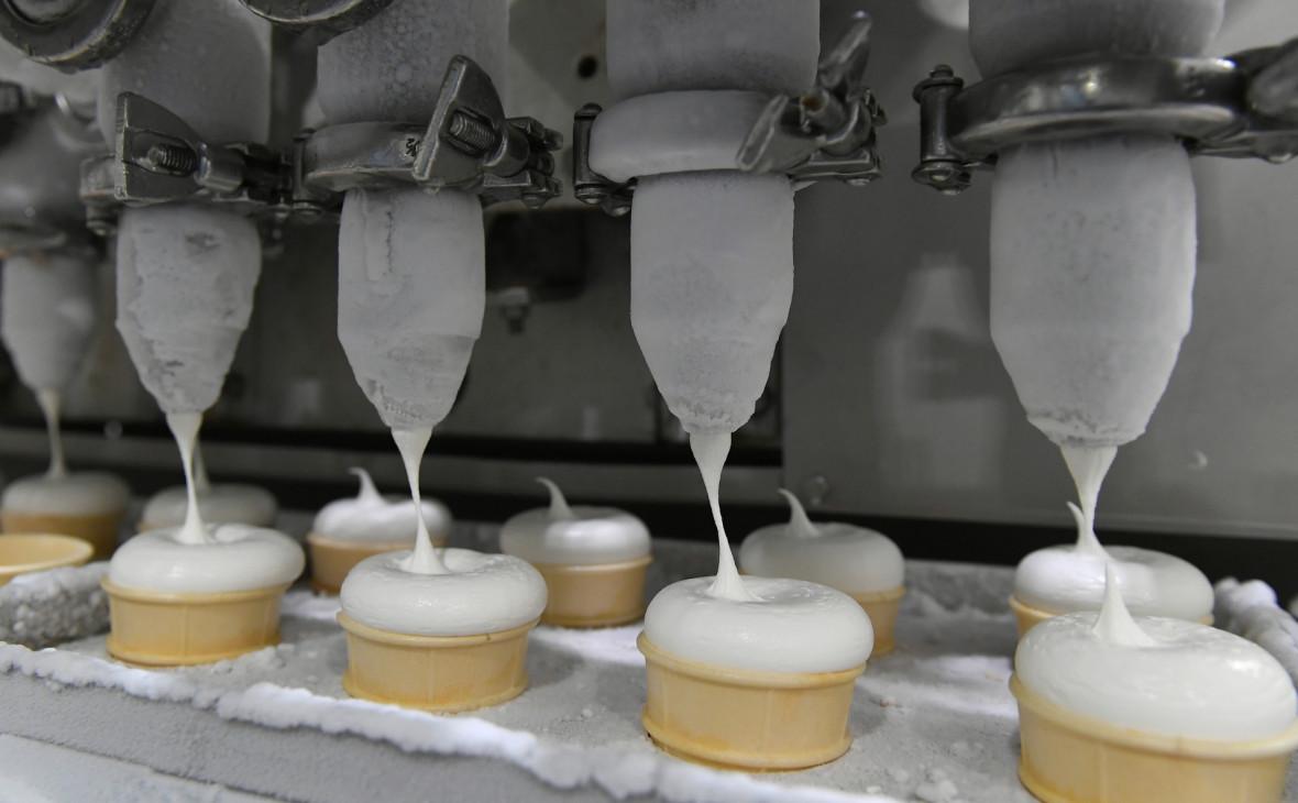 Цех производства мороженого на заводе «Чистая линия».
