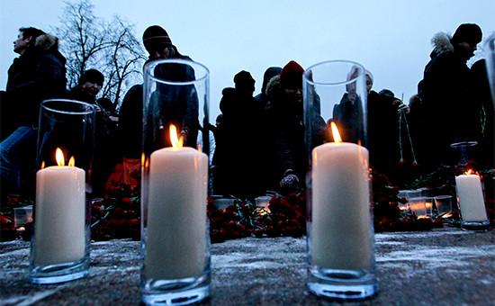 Акции памяти погибших врезультатетеракта ваэропорту Домодедово. Москва, 27 января 2011 года