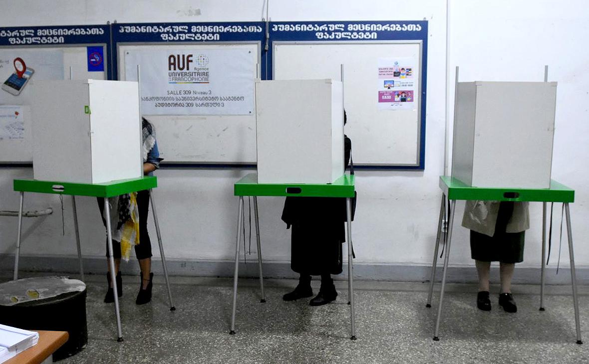 В парламент Грузии пройдут семь партий и два блока