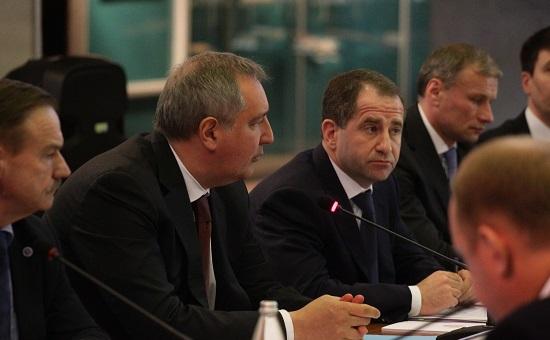 Вице-премьер Дмитрий Рогозин и полпред президента РФ в ПФО Михаил Бабич