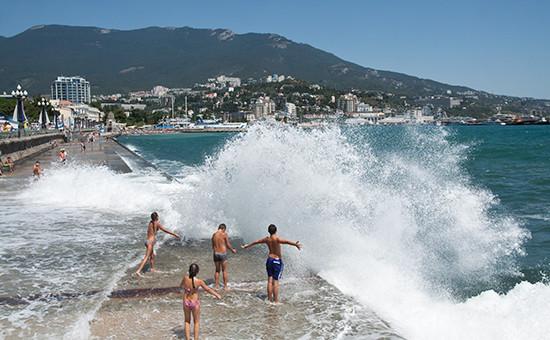 Вид напляж вЯлте, Крым