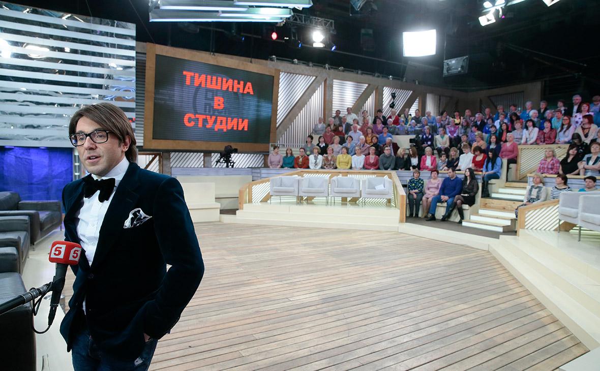 Ведущий телепередачи «Пусть говорят» Андрей Малахов во время съемок. 2015 год