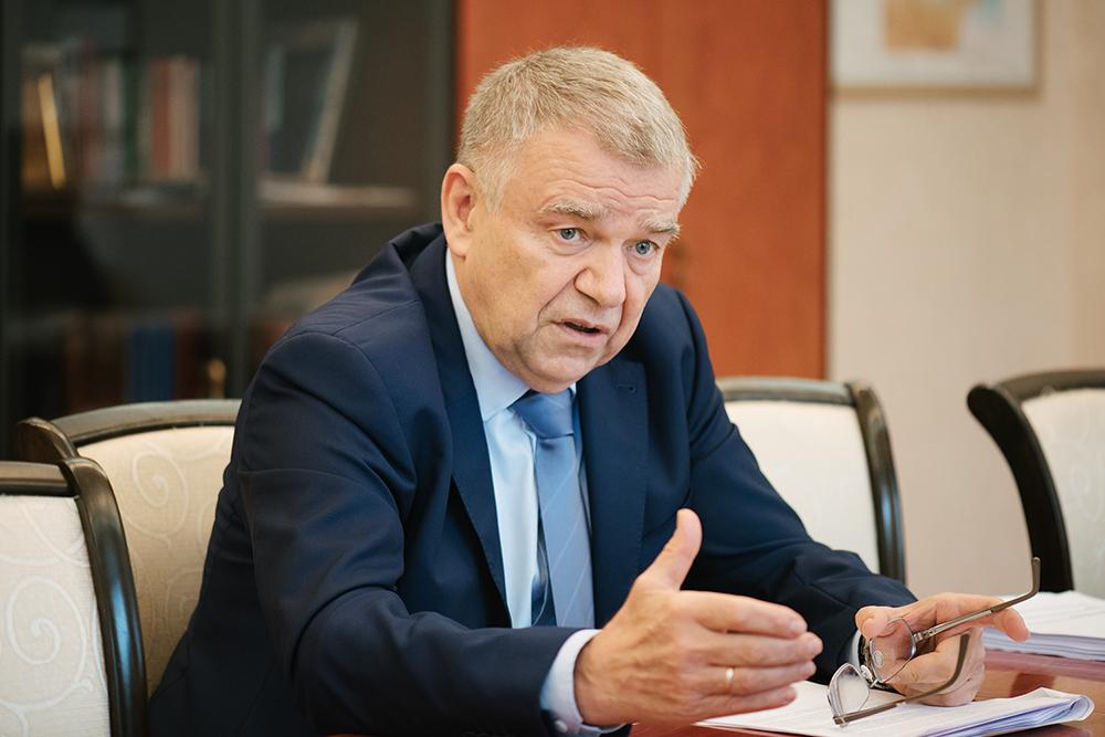 Председатель СО РАН Валентин Пармон