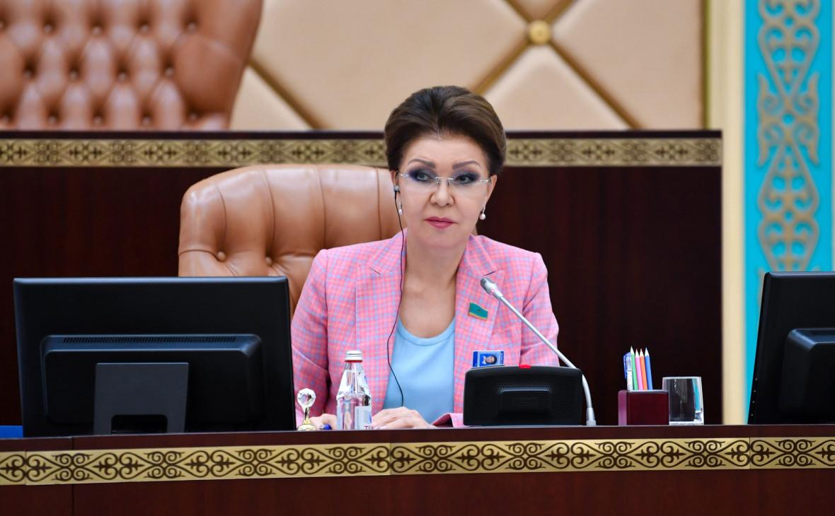 Токаев прекратил сенаторские полномочия дочери Назарбаева