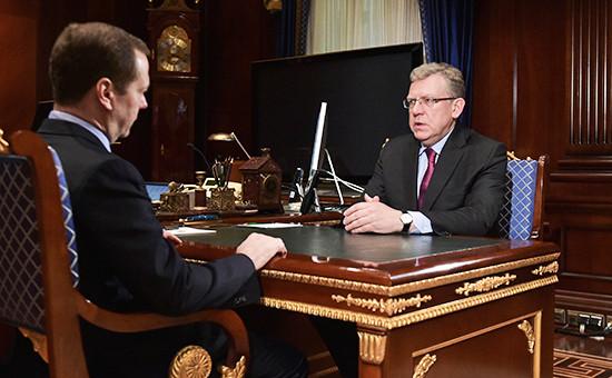 Премьер России Дмитрий Медведев на встрече с главой Центра стратегических разработок Алексеем Кудриным