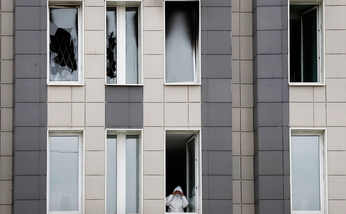 Здание больницы Святого Георгия в Санкт-Петербурге, где в результате пожара погибли пять пациентов с коронавирусом в отделении реанимации, 12.05.2020г.