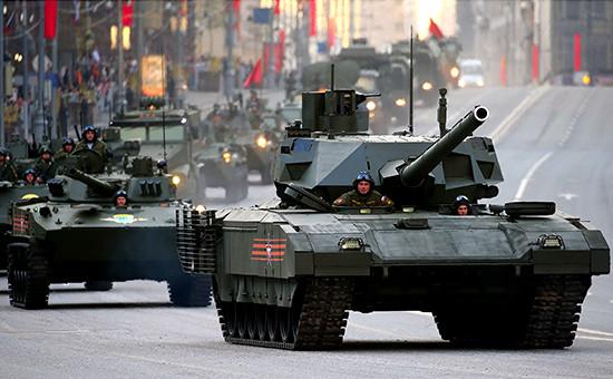 Танк Т-14 «Армата» перед репетицией парада на Красной площади в честь 70-летия Победы