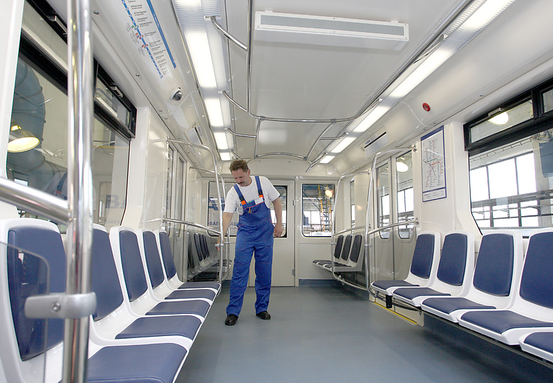 Санкт-Петербург. Новый вагон метро