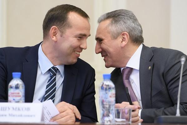 Губернатор Курганской области Вадим Шумков (слева) и глава Тюменской области Александр Моор