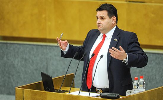 Автор инициативы — депутат от «Справедливой России» Олег Михеев